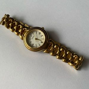 GUESS VINTAGE WATER RESISTANCE LADY WRIST WATCH